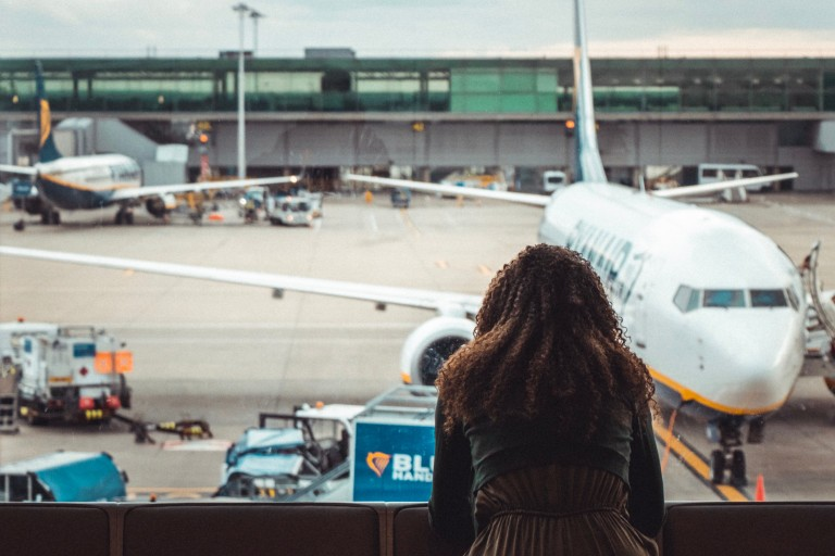 The Perfect Airport Outfits   3 Travel Styles-276