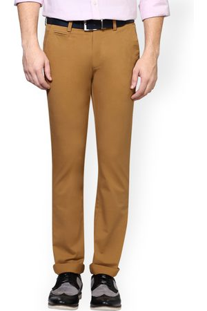 Peter England Men Khaki Skinny Fit Solid Chinos