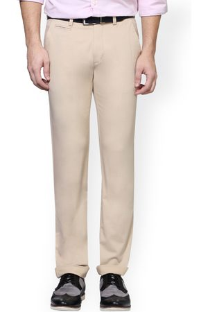 Peter England Men Chinos - Men Cream-Coloured Skinny Fit Solid Chinos