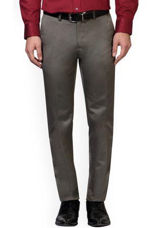 Peter England Men Formal Trousers - Men Grey Slim Fit Solid Formal Trousers