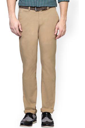Peter England Men Chinos - Men Khaki Skinny Fit Solid Chinos