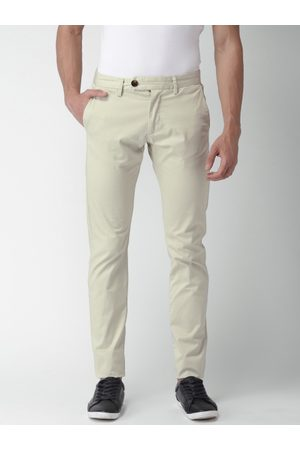 Celio Men Off-White Slim Fit Solid Regular Trousers