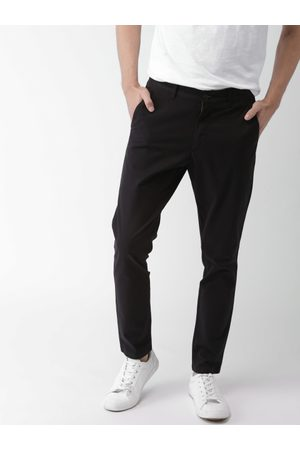 Mast & Harbour Men Black Tapered Fit Solid Chinos