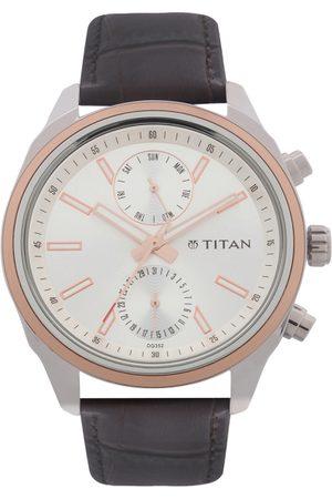 Titan Men Silver-Toned Analogue Chronograph Watch NK1733KL02