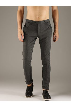 Flying Machine Men Grey Super Slim Fit Solid Regular Trousers