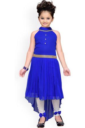 ADIVA Girls Blue & White Solid Kurta with Churidar Leggings