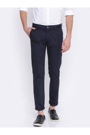 Arrow Men Navy Chrysler Tapered Fit Solid Chinos
