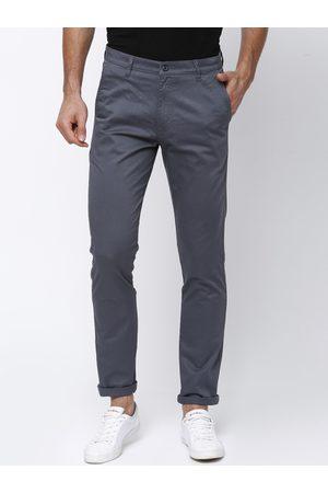 HIGHLANDER Men Grey Slim Fit Solid Trousers