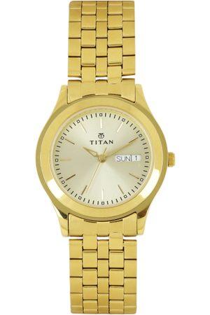 Titan Men Gold-Toned Dial Watch NH1648YM05