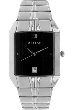 Titan Men Silver-Toned Analogue Watch NH9264SM02A