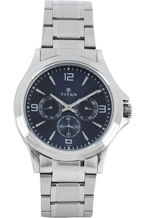Titan Men Blue Dial Watch 1698SM02