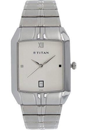 Titan Men Silver-Toned & White Analogue Watch NH9264SM01A