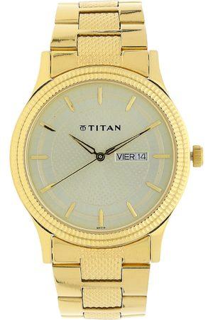 Titan Karishma Men Gold Analogue watch NL1650YM06