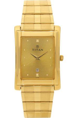 Titan Men Gold-Toned Analogue Watch NK9154YM02