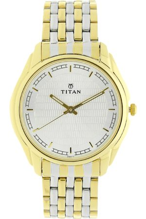 Titan Men Silver-Toned & Gold-Toned Analogue Watch NK1578BM02