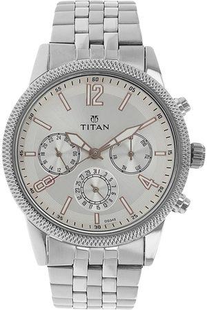 Titan Men Silver-Toned Analogue Watch NK1734SM01