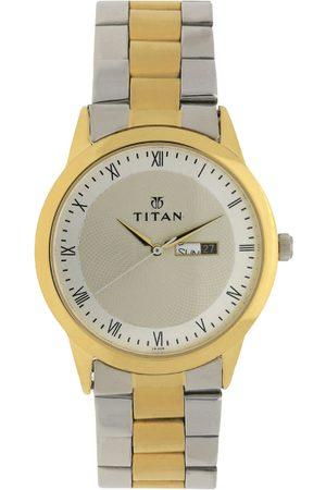 Titan Men Off-White & Gold-Toned Analogue Watch NK1584BM02