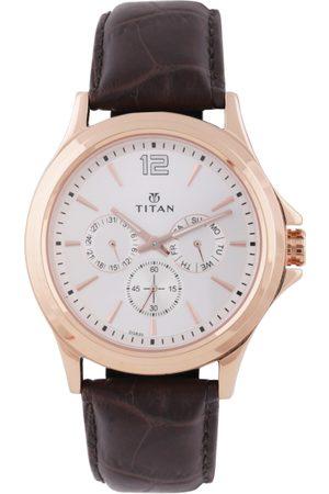 Titan Men White Analogue Watch 1698WL01