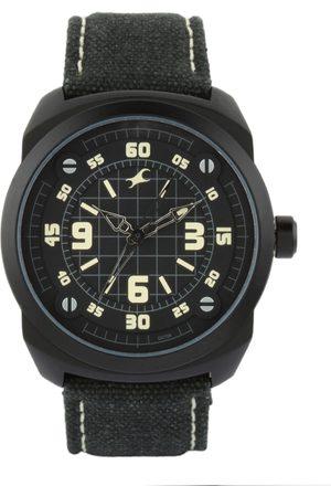 Fastrack Men Black Dial Watch 9463AL08