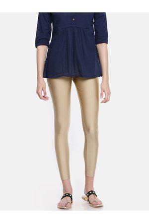 GO COLORS Women Gold-Toned Solid Skinny Fit Shimmer Ankle-Length Leggings