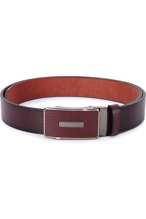 BuckleUp Men Maroon Textured Leather Belt