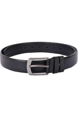 BuckleUp Men Black Textured Leather Belt