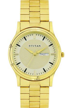 Titan Men Beige Dial Watch 1650YM04