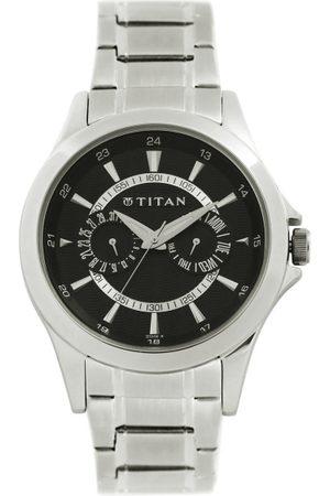 Titan Men Dial Watch NE9323SM02B