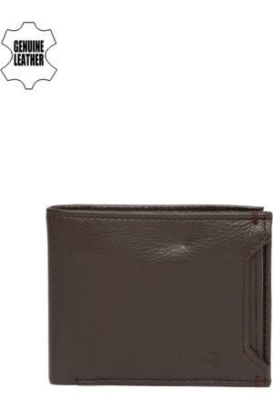 Levi's Men Brown Solid Two Fold Genuine Leather Wallet