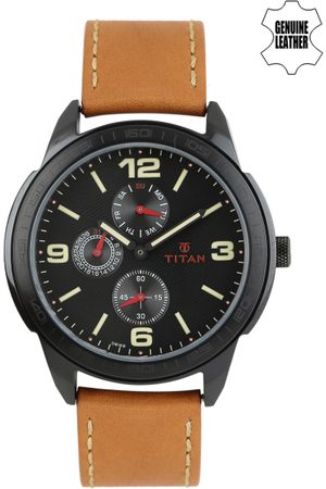 Titan Men Dial Watch 1585NL01