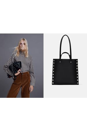 0427a863 ZIP TOTE BAG WITH STUDDED SIDES