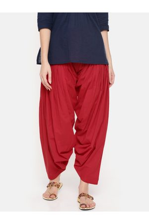 De Moza Women Red Solid Patiala