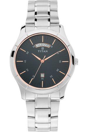 Titan Men Black Analogue Watch