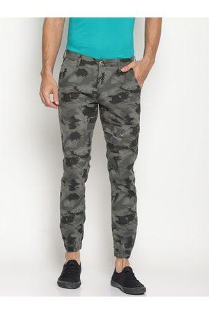 IVOC Men Green Slim Fit Printed Joggers