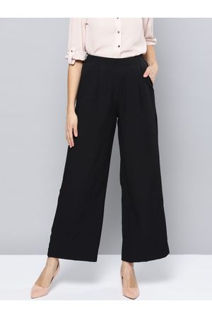 Harpa Women Black Regular Fit Solid Parallel Trousers