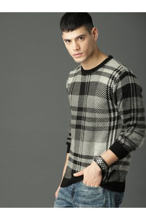 Roadster Men Jumpers - Men Grey & Black Checked Pullover Acrylic Sweater