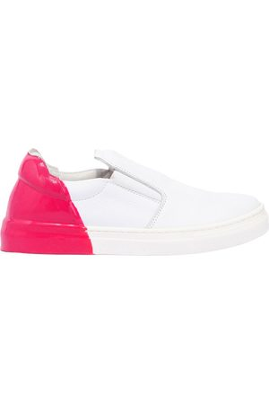 AM 66 Rubber Heel Leather Slip-on Sneakers