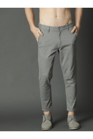 Roadster Men Grey Regular Fit Solid Cropped Chinos