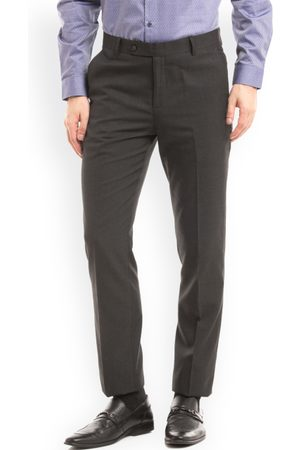 True Blue Men Black Slim Fit Solid Formal Trousers