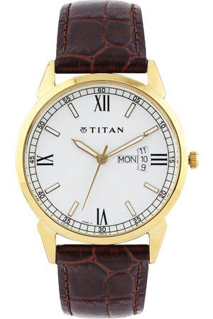 Titan Men Off-White Dial Watch 1521YL08