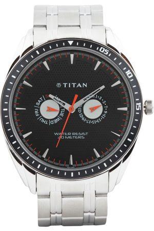 Titan Men Dial Watch NE1582KM02