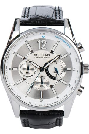 Men Chronograph Silver-Toned Dial Watch NA9322SL02