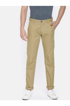Arrow Sport Men Chrysler Tapered Fit Solid Chinos