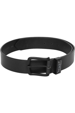 Levi's Men Solid Belt
