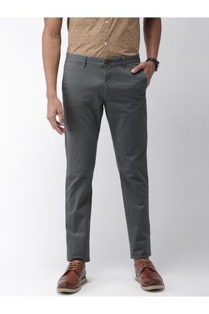 Indian Terrain Men Charcoal Grey Brooklyn Slim Fit Solid Cropped Chinos