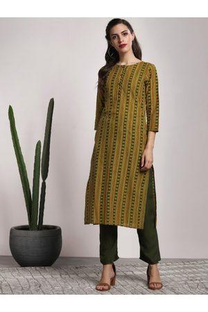 Sangria Women Green & Yellow Printed Straight Kurta