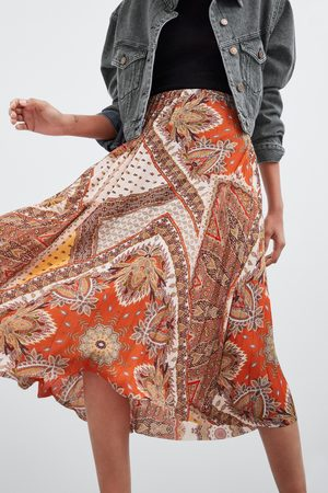 2970c4d1eb Buy Zara Pleated Skirts for Women Online | FASHIOLA.in | Compare & buy