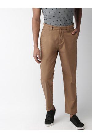 Celio Men Camel Brown Regular Fit Solid Chinos
