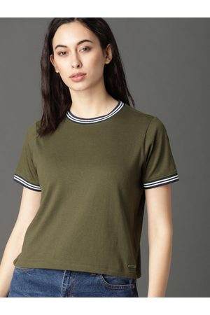 Roadster Women Green Solid Round Neck T-shirt