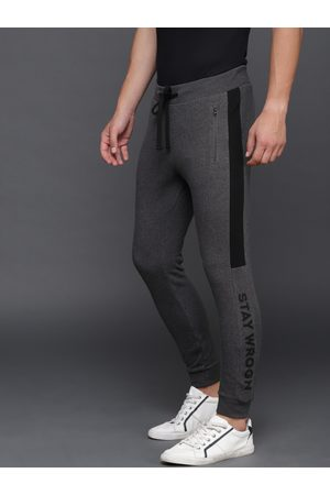 WROGN Men Charcoal Grey Solid Straight Fit Joggers